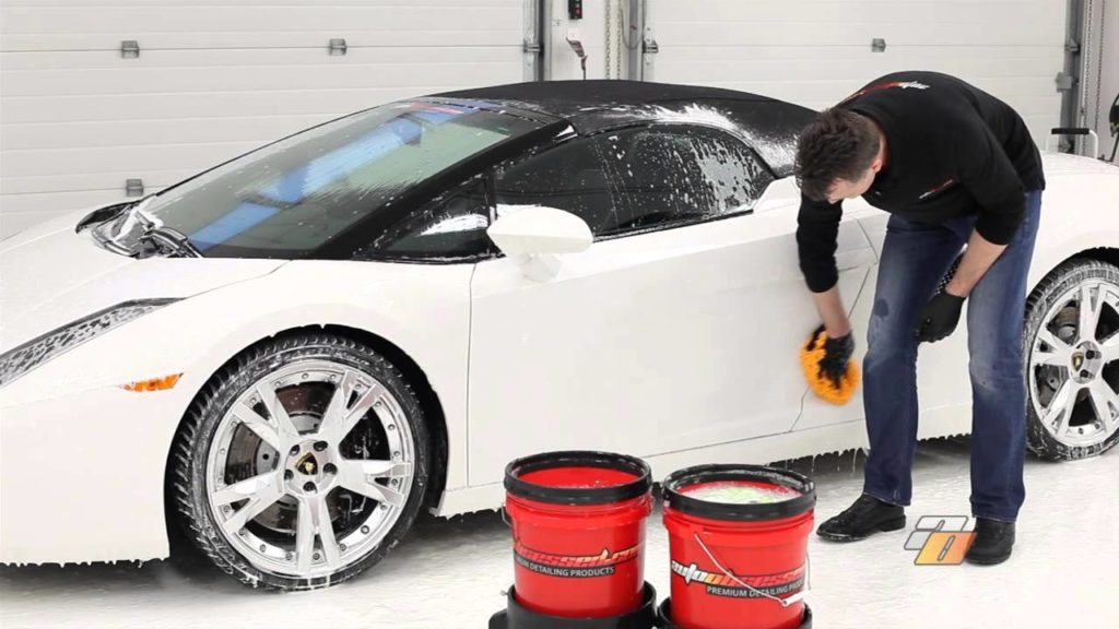 7 Steps to Wash the Car