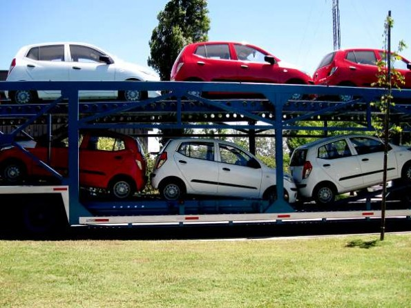Tips on moving your car and furniture
